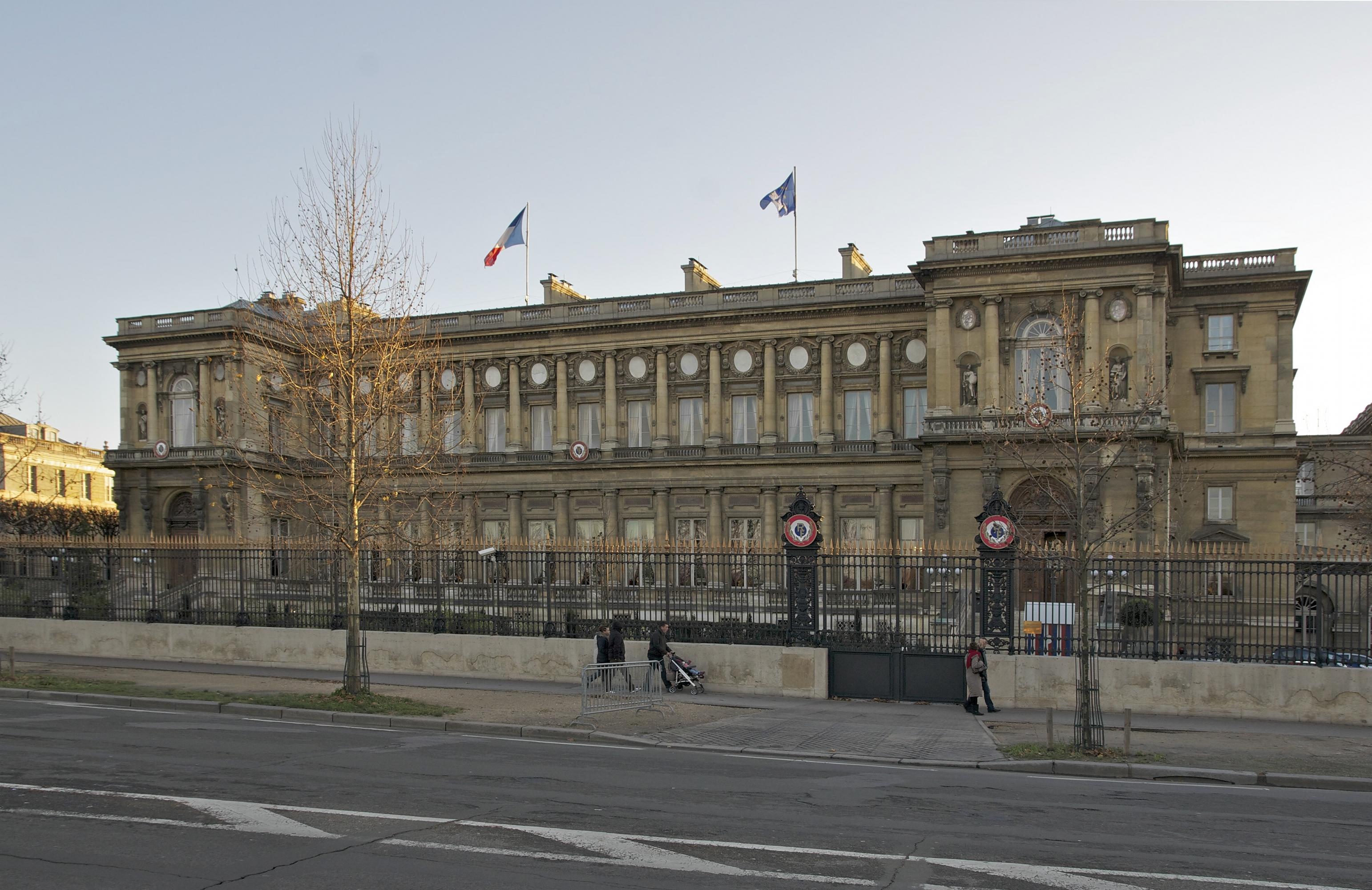 Le quai d orsay voque le cas biram dah abeid for Quai d orsay metro