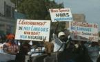 Une manifestation demandant l'enseignement réprimée à l'intérieur du pays