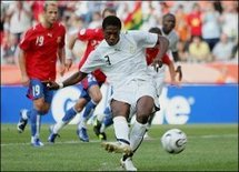 Le Ghana offre à l'Afrique sa première victoire