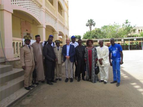 Un haut responsable du HCR visite les réfugiés mauritaniens à Kayes