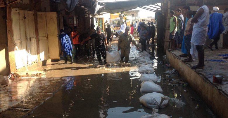 Rosso : le marché de la ville isolé par les eaux de pluie