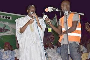 Le candidat Kane Hamidou Baba préside un meeting électoral à Kaédi